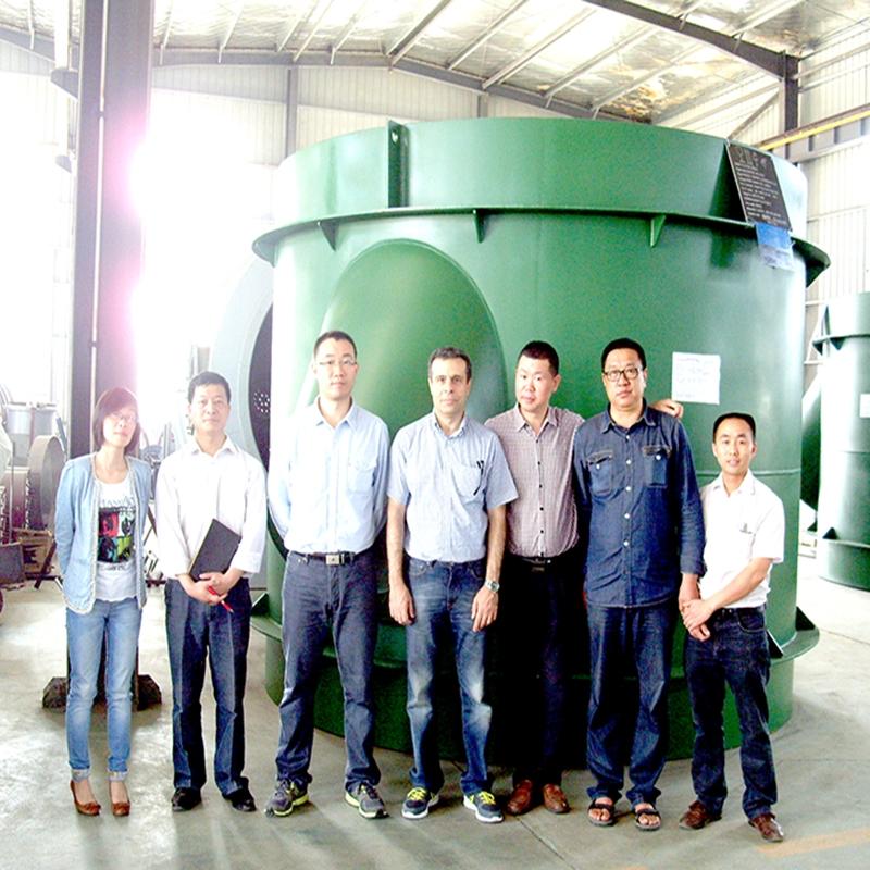 中钢公司会同伊朗LKA公司用户来公司验收加热炉设备