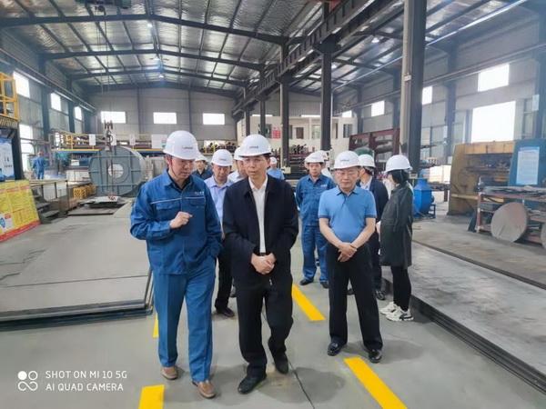 岳阳市唐副市长实地考察岳阳远大热能设备有限公司